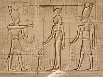 13-021 ハトホル神殿の壁画.JPG
