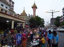 8-046 ヤンゴン市内.JPG