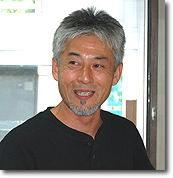 hirai-face2.jpg